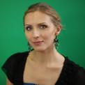 Алёна Грозовская — Психотерапевт, специалист по работе с пищевыми зависимостями, по выходу из стресса, телесным и дыхательным практикам.
