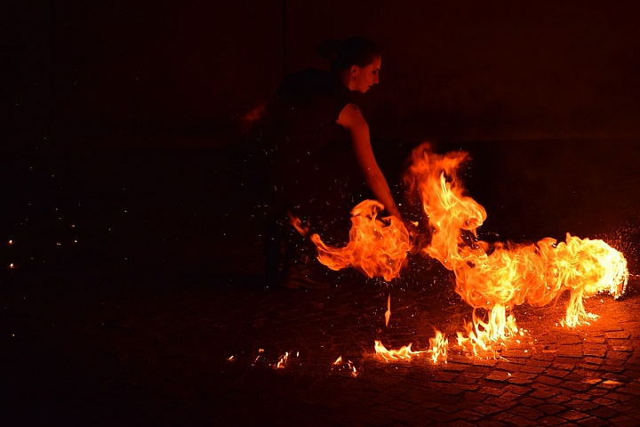 Стихии знаков Зодиака: стихия Огня, стихия Земли